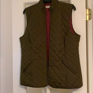 Orvis quilted vest.  NEW with tags